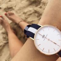 海外で人気、ダニエルウェリントンの時計を愛用中。「ダニエルウェリントン コーデ&人気色」はコレ!