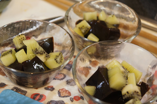 井本恵理,まんてんキッチン,クッキングトイ,キッズキッチン,食育,親子クッキング,ミキ食品,プルーンの食べ方
