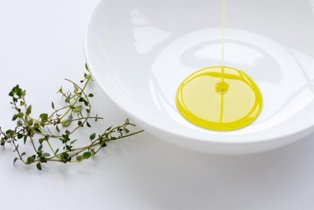 えごま油 効果,亜麻仁 油 効果,ココナッツ オイル アトピー,え ごま油 ダイエット 効果,アンチ エイジング 食べ物,ココナッツ オイル 効能,