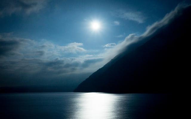 keiko 満月,fullmoon,お財布ふりふり 満月,パワーストーン浄化 満月,水瓶座の満月,ニュームーンウォーター,フルムーンウォーター