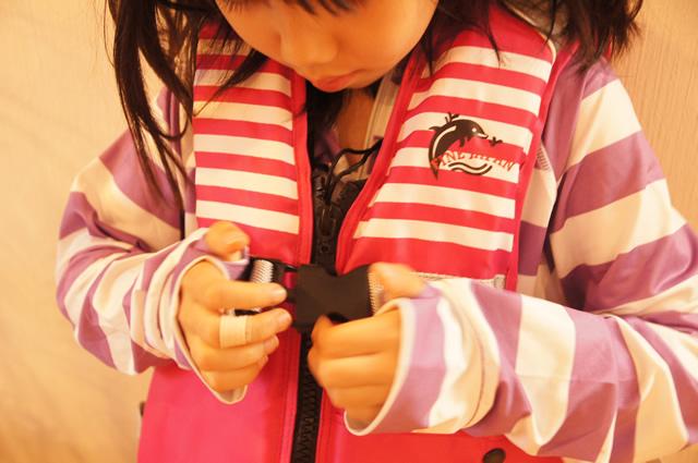 川遊び ブログ,川遊び 4歳,川遊び ブログ,海 ライフジャケット,プール ライフジャケット