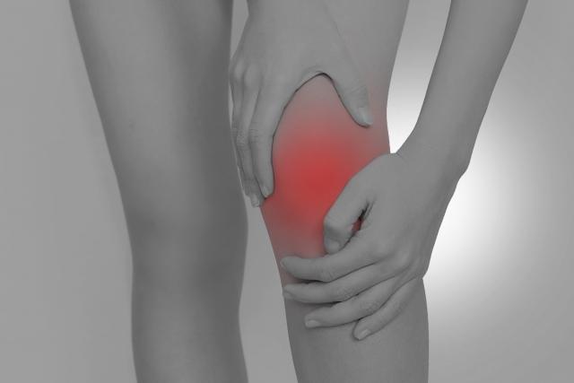 膝が痛い60代がタマゴサミンを飲んでみた