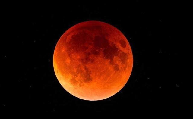 スーパーブラッドウルフムーン時間,獅子座皆既月食,獅子座の皆既月食時間