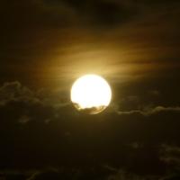 1月21日は獅子座皆既月食。スーパーブラッドウルフムーンの時間は?