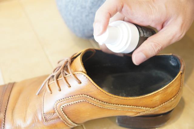 靴が臭い 取る方法